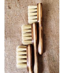 Деревянная щетка для бороды из щетины кабана
